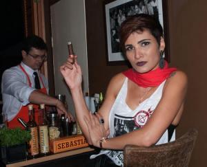 4. Sebastiana com Monte Pascoal