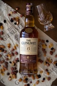 Glenlivet-15-O-Cão-Engarrafado